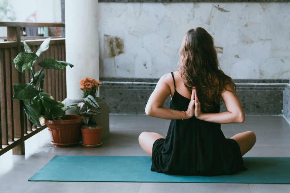 yoga-loive